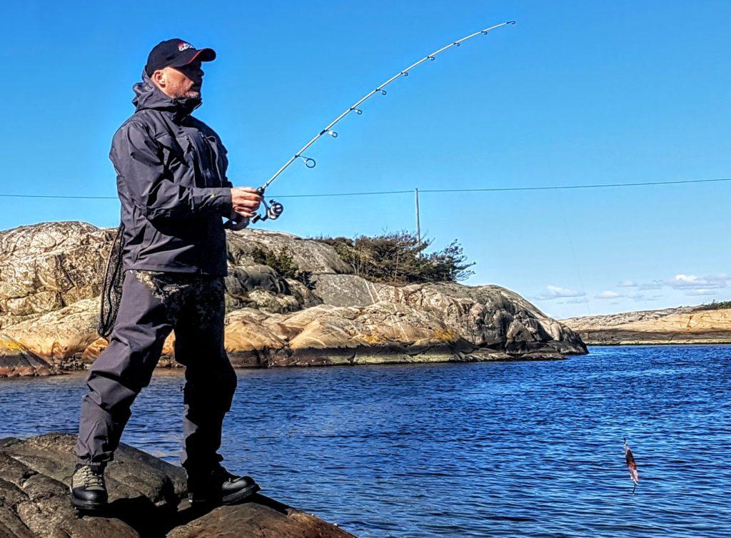 Hodgmann vadere. Dettte er vadebekledning for den kresne! Passer meger bra til sjøørretfiske. Denne buksen holder deg varm og tørr.