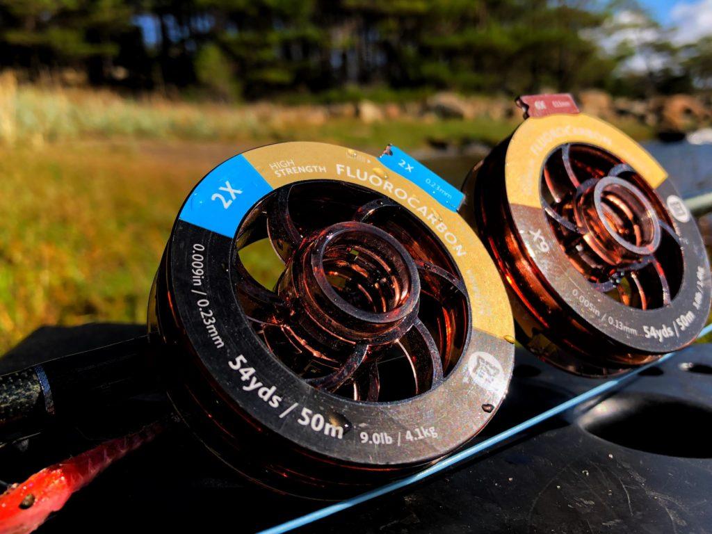Fortom til sjøørret. Det er veldig viktig å velge riktig fortom når man skal fiske sjøørret med flue.