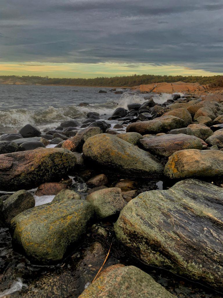 Fra storesand Hvaler. En flott plass der sjøørreten svømmer.