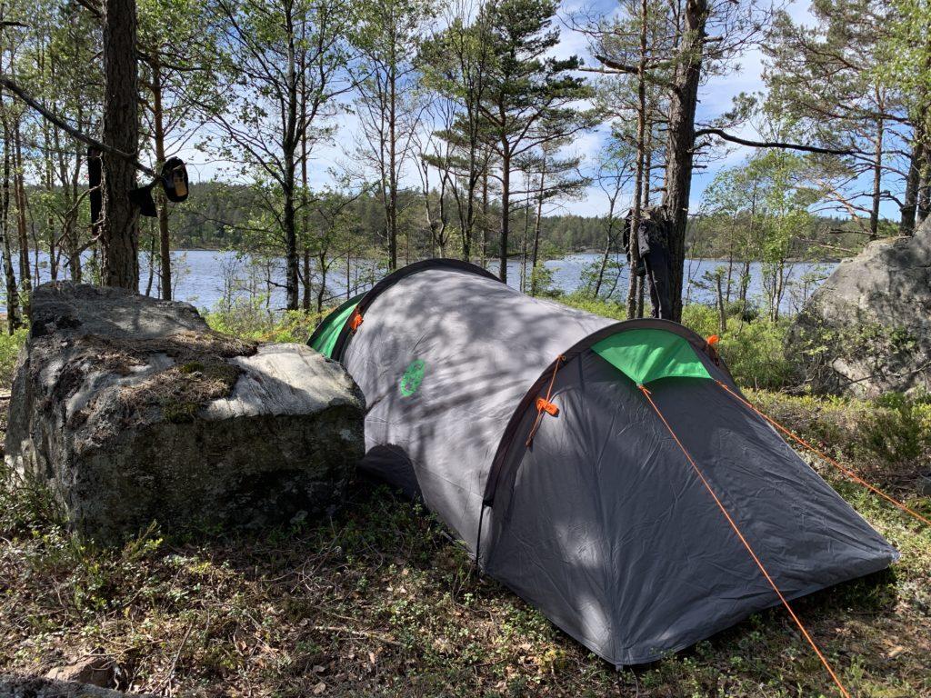 Her telter jeg ved et ørretvann i Østfold. nærmere bestemt vestfjella i Halden og Aremark.